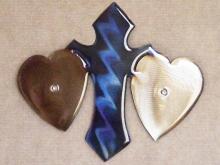 heart,christian,cross,metal,wall,art